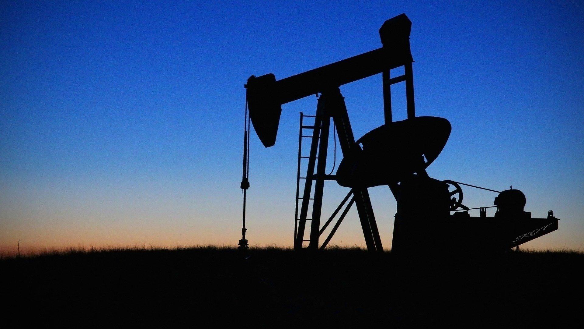 bomba extractora de petroleo