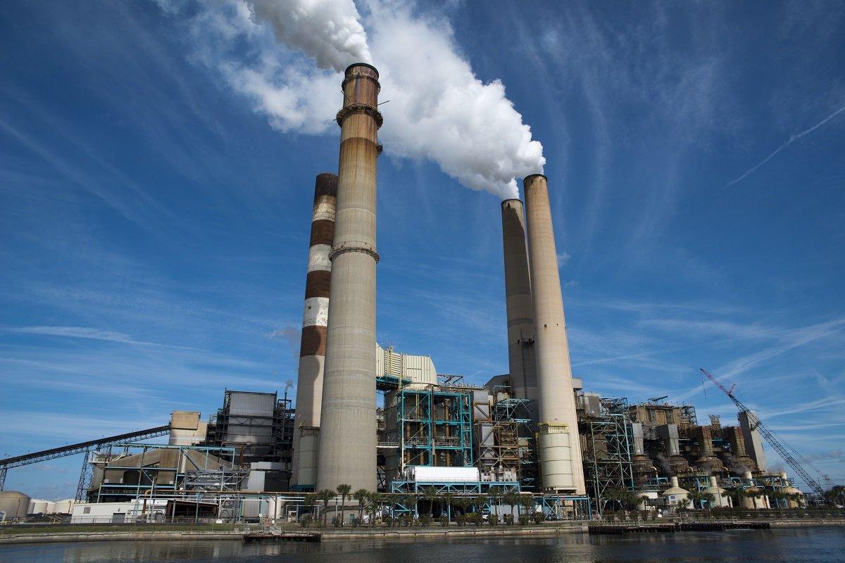 Contaminación ambiental-Actividad humana