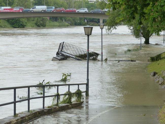 Inundaciones, inundación fluvial